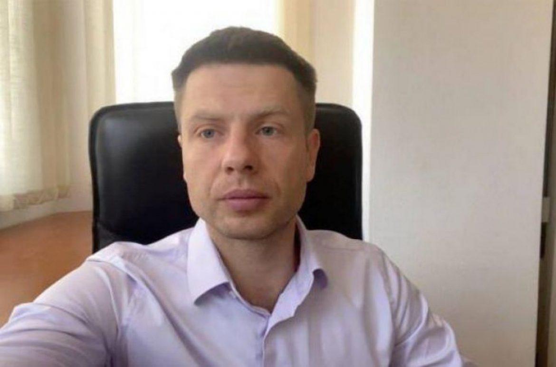 """0лексій Гончаренко: Все, 10 хвилин тому мені стала відома доля 3еленського, він приїхав з США і мені точно відомо, що вже невдовзі в нього будуть…"""""""